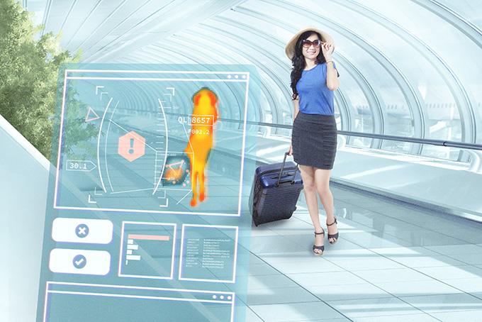 TITANIUM PLUS MAGAZINE-Tecnolgia en aeropuertos-scanners-robots